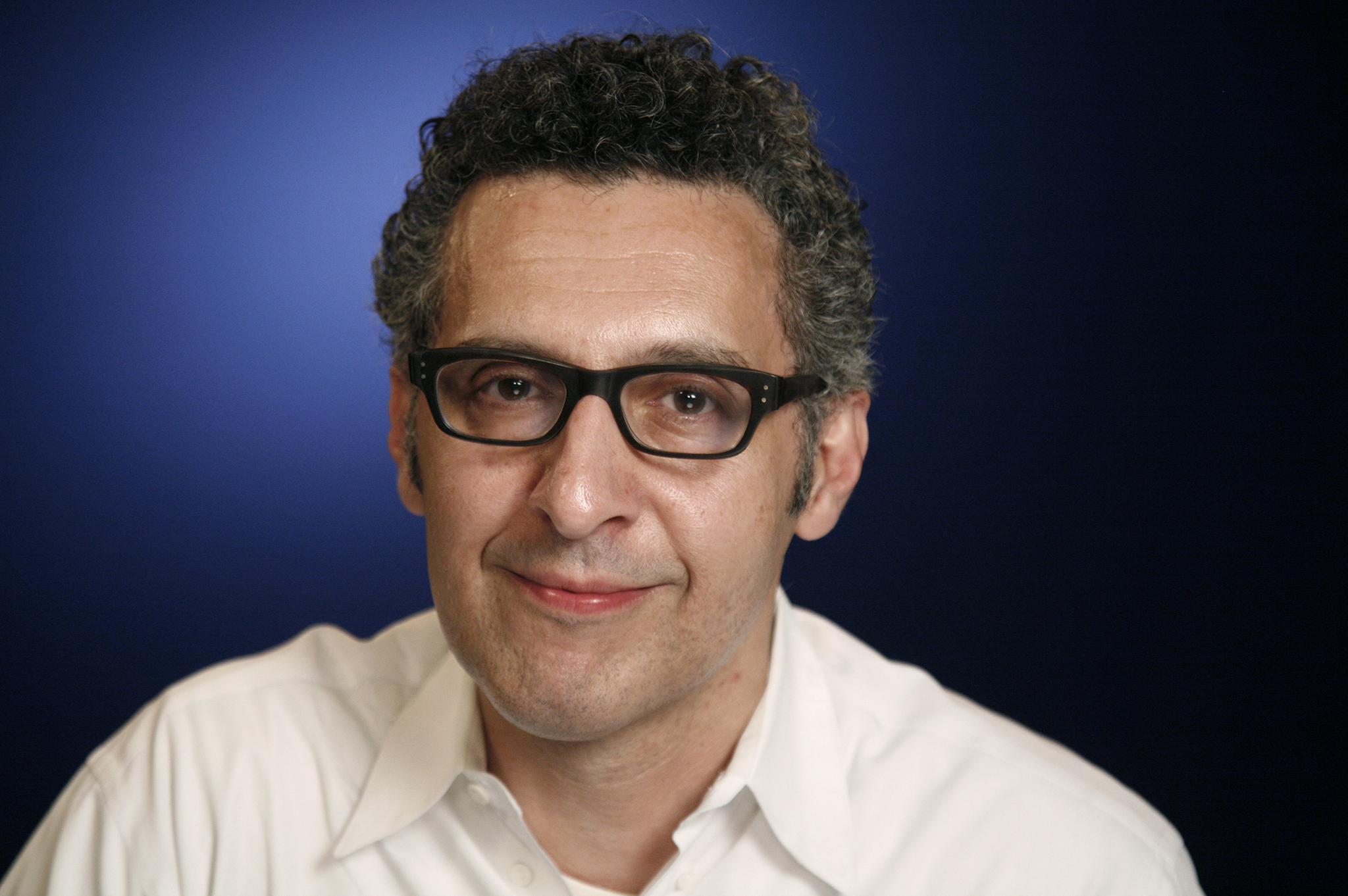 IQOS Innovation Award a John Turturro